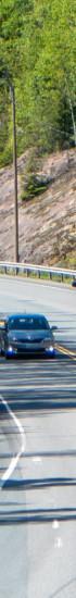 Auto- ja moottoripyöräliikennettä ysitiellä lähellä Oriveden ramppia.