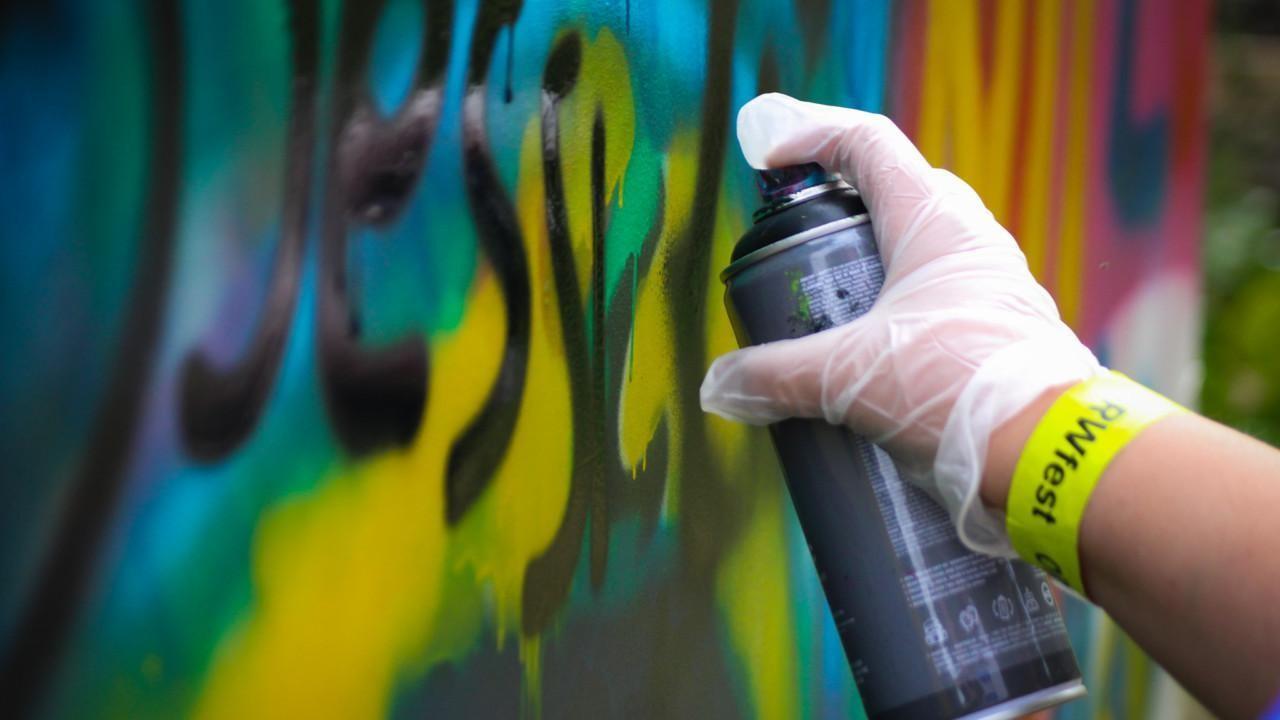 Graffitin tekoa ORWfest-tapahtumassa.